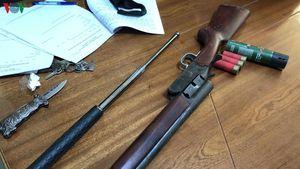 Nổ súng bắn người ở trường gà: 11 đối tượng bị khởi tố tội đánh bạc