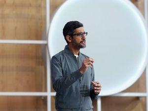 Khi Facebook còn 'chém gió', Google đã bắt tay vào làm