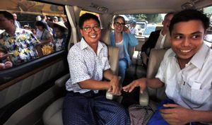 Myanmar trả tự do cho 2 phóng viên Reuters