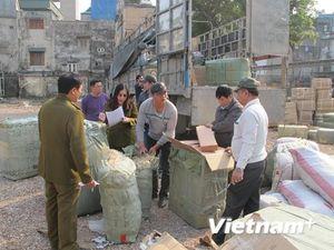 Xử lý hơn 1.300 vụ buôn lậu, gian lận thương mại trong tháng Tư