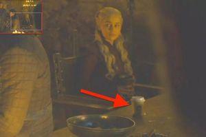 Starbucks vô tình hưởng lợi 2,3 tỷ USD nhờ quảng cáo miễn phí trong bom tấn 'Game of Thrones'