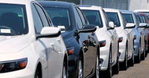 Ô tô nhập khẩu về Việt Nam trong tháng 4 tăng kỉ lục
