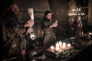 Đặt nhầm cốc cà phê vào khung hình, 'Game of Thrones' làm giàu cho Starbucks 2.3 tỷ USD