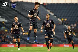 Buriram United – Nakhon Ratchasima 2-0: Xuân Trường đá phạt ảo diệu, xây nền chiến thắng cho Thunder