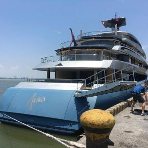 Cận cảnh siêu du thuyền tỷ phú Anh bất ngờ cập bến Đà Nẵng