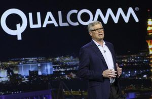 CEO Qualcomm nhận thưởng 3,5 triệu USD hậu 'đình chiến' với Apple