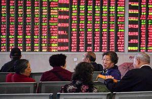 Cổ phiếu châu Á chạm đáy vì chiến trang thương mại Mỹ-Trung leo thang
