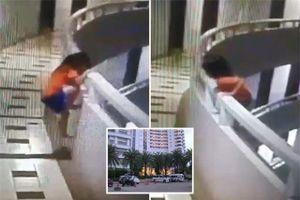 Bố họp lớp, để con gái rơi từ tầng 11 khách sạn thoát chết thần kỳ
