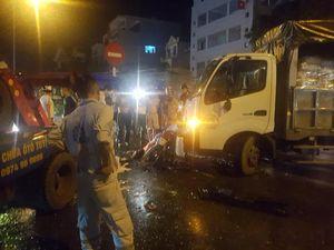 Đang dừng chờ sang đường, người phụ nữ chở 3 cháu nhỏ bị xe cứu hộ tông thương vong ở Hưng Yên