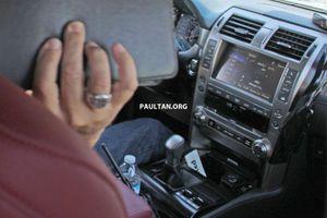 Rò rỉ những hình ảnh về chiếc Lexus RX 2020