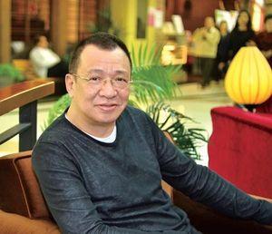 'Trùm vai phụ' Hứa Thiệu Hùng: Thừa kế hàng nghìn tỷ, đi diễn chỉ vì đam mê