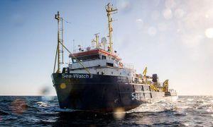 Italy bắt giữ tàu cứu hộ người di cư của tổ chức từ thiện Sea Watch