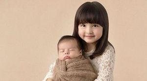Hai con của 'mỹ nhân đẹp nhất Philippines' được khen như thiên thần