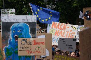 Cuộc biểu tình lớn nhất vì khí hậu được tổ chức tại Đức