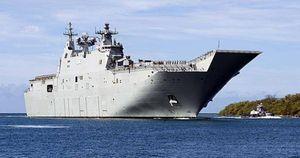 Chiến hạm Australia bị tàu Trung Quốc bám sát trên Biển Đông