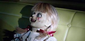 Annabelle Comes Home trailer 2 giới thiệu con quái vật kinh dị mới từ vũ trụ The Conjuring