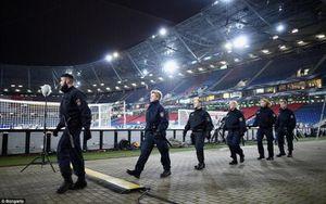 SVĐ diễn ra chung kết Europa League và nỗi lo bị đánh bom
