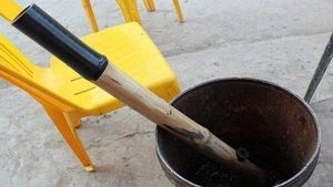 Người đàn ông cầm điếu cày đánh chết người trêu ghẹo vợ lĩnh 12 năm tù