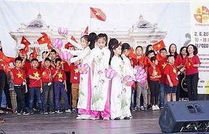 Ấn tượng Lễ hội 'Xin chào Hà Nội' ở Cộng hòa CZech