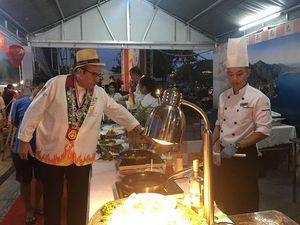 Người dân và du khách hào hứng trải nghiệm Lễ hội Ẩm thực quốc tế Đà Nẵng 2019