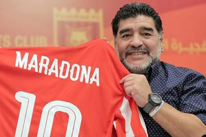 Huyền thoại Diego Maradona muốn làm HLV của Man Utd
