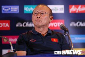 Thái Lan vs Việt Nam: HLV Park Hang Seo không cần chơi tất tay