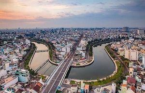 Bất động sản Việt Nam dậy sóng, ai sẽ dẫn đầu?