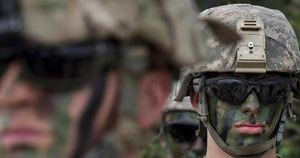 NATO tỏ thái độ rắn trước 'nhất cử, nhất động' của Nga, Trung tại châu Âu