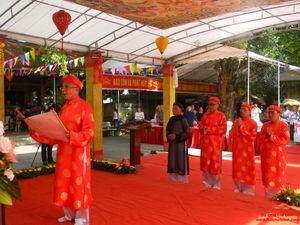 Đông đảo du khách tham dự lễ tưởng niệm Đức Thánh Phiêu Bồng Hiệu Thiên