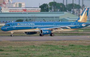 Máy bay Vietnam Airlines chuyển hướng hạ cánh khẩn để cấp cứu hành khách