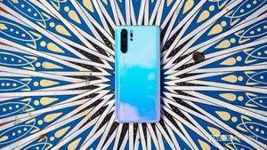 Bị Google rút giấy phép, smartphone Huawei vẫn được lên Android Q?