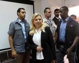 Phu nhân Thủ tướng Israel hầu tòa vì dùng tiền công gọi đồ ăn