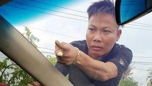 Vụ giang hồ xăm trổ vây xe công an: Bắt thêm nghi can Tuấn 'nhóc'