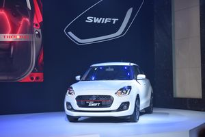 Suzuki giảm thêm 50 triệu cho mẫu Swift, xe nhỏ tiếp tục nóng