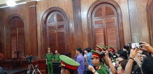 Vợ cũ Chiêm Quốc Thái lãnh án, người thân vỗ tay mừng