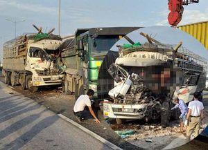 Xác định danh tính 2 người chết trong vụ tai nạn trên cầu Thanh Trì