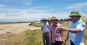 Quảng Trị: Sông ngòi cạn kiệt, ruộng đồng khô khốc