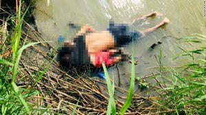 Hiện thực tàn khốc qua bức ảnh 2 cha con chết đuối khi vượt biên vào Mỹ