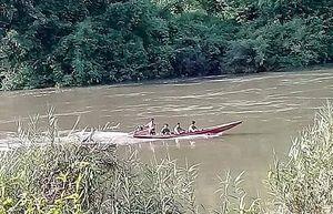 Lật xuồng chở 6 người trên sông Đồng Nai, 1 người mất tích
