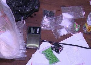 Bắt 'trọn ổ' một băng nhóm ma túy tại thành phố Thái Bình