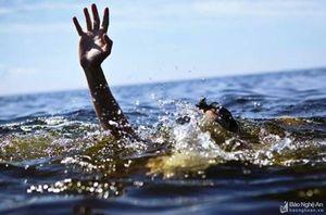 Cụ già 93 tuổi đi tắm sông Lam bị đuối nước thương tâm