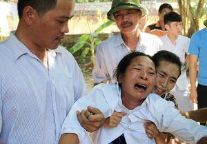 9 ngư dân tàu cá Nghệ An mất tích: Tang thương quê nghèo