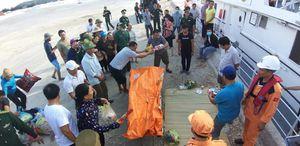 Nghệ An: Va chạm tàu trên biển, 9 ngư dân mất tích