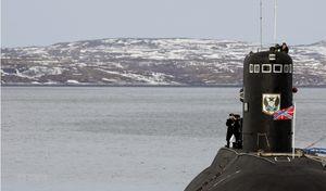 Tổng thống Nga Putin ra lệnh điều tra toàn diện vụ cháy tàu lặn