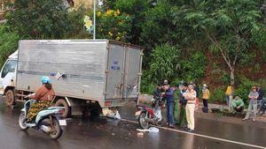 Nam thanh niên tử vong sau cú tông vào đuôi xe tải