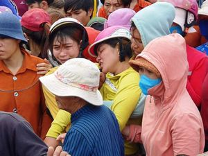 Ninh Thuận: Làng biển se thắt nỗi đau bốn ngư dân tử nạn và một đang mất tích trên biển