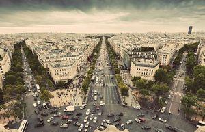 Có sai không khi gọi Paris là thành phố thanh lịch và lãng mạn của thế giới?