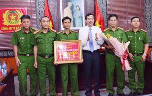 Bắt 2 nhóm cung cấp ma túy cho dân chơi Đà Nẵng