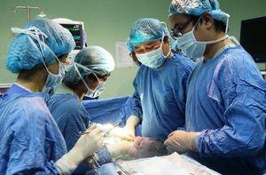 Sản phụ suýt mất mạng vì xoắn tử cung