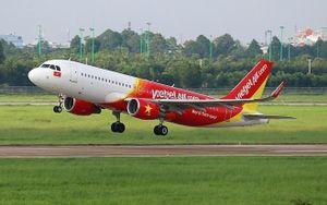 Một máy bay của Vietjet đi nhầm vào đường lăn đang bảo dưỡng tại sân bay Tân Sơn Nhất
